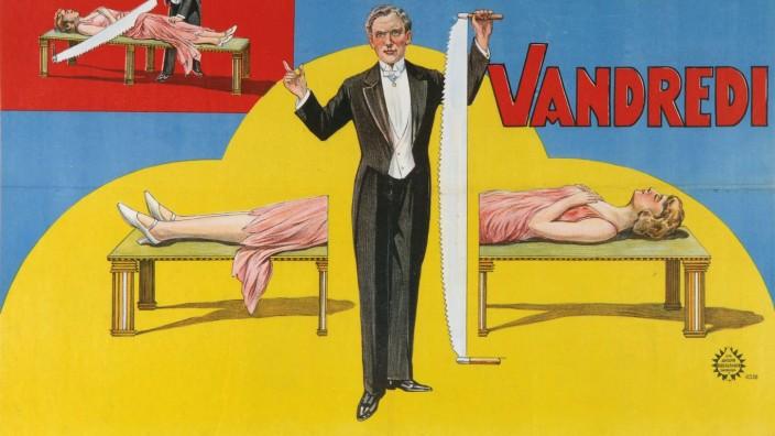 Vandredi Magic Revue (Poster), 1923. Artist: Anonymous