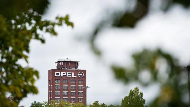 Opel Rüsselsheim 01.10.2019 Rüsselsheim x1x Kurzarbeit im Stammwerk des Autobauers Opel in Rüsselsheim. Im Bild: Das Op