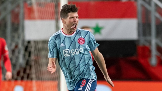 Enschede, Stadium Grolsch Veste, 14-01-2021 , season 2020 / 2021 , Dutch Eredivisie. Ajax player Klaas-Jan Huntelaar sc; Huntelaar