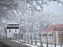Buchenwald: Massengräber als Rodelbahn