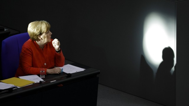 Bundeskanzlerin Angela Merkel, CDU, aufgenommen waehrend einer Sitzung im Bundestag in Berlin, 04.07.2018. Berlin Deuts