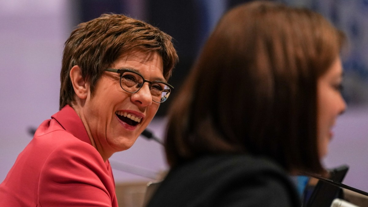 CDU-Parteitag: Die Show muss weitergehen