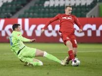 Bundesliga - VfL Wolfsburg v RB Leipzig