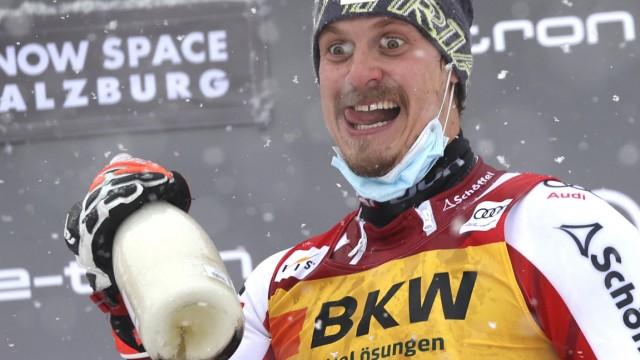 Ski alpin: Warum immer so ernst? Manuel Feller, 28, zelebriert in Flachau im 124. Rennen seinen ersten Erfolg im alpinen Ski-Weltcup.