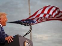 Blog zur US-Wahl: Trump will noch mehr als 100 Begnadigungen aussprechen