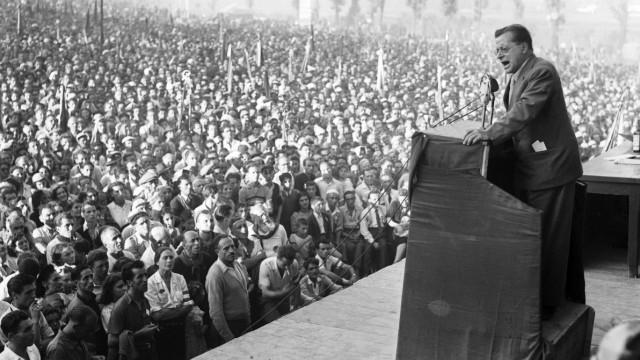 Monza 14 09 1947 fete de l unita organise par le PCI parti communiste italien au Parco di Monza d