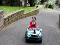 7-year-old Italian influencer challenges perceptions of disability