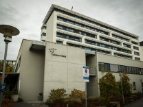 Newsblog zum Coronavirus im Landkreis Freising: Klinikum Freising: Eine Station kurzzeitig geschlossen