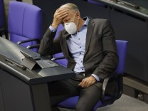 Jürgen Trittin in der 202. Sitzung des Deutschen Bundestages im Reichstagsgebäude. Berlin, 17.12.2020 *** Jürgen Trittin