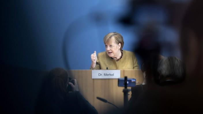 Angela Merkel - Coronavirus DEU, Deutschland, Germany, Berlin, 21.01.2021 Bundeskanzlerin Angela Merkel waehrend der Bun