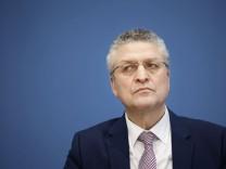 Coronavirus in Deutschland: Bundesregierung stuft mehr als 20 Länder als Hochrisikogebiete ein