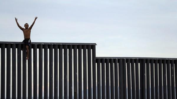 Migranten an US-Grenze