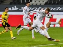Bundesliga: Die Borussen zerrupfen den Rasen