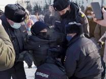 Festnahmen bei Nawalny-Protesten