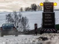 Coronavirus-Newsblog für Bayern: Bundespolizei kontrolliert strengere Einreiseregeln