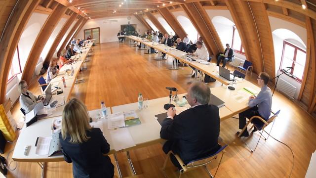 Kreistagssitzung in München in Zeiten der Corona-Krise, 2020