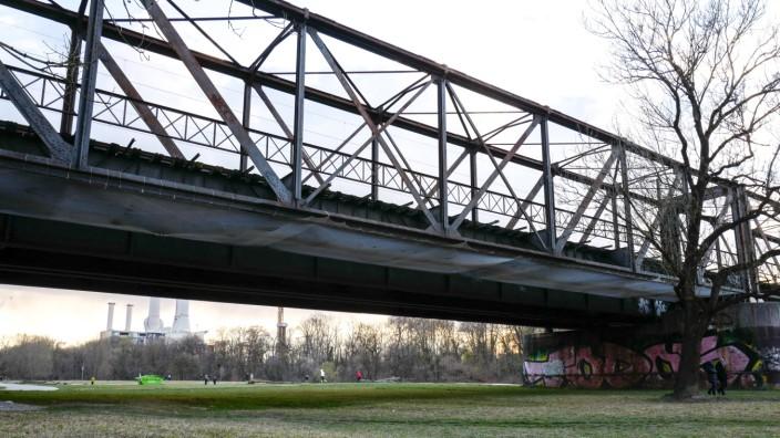 Braunauer Eisenbahnbrücke in München, 2020