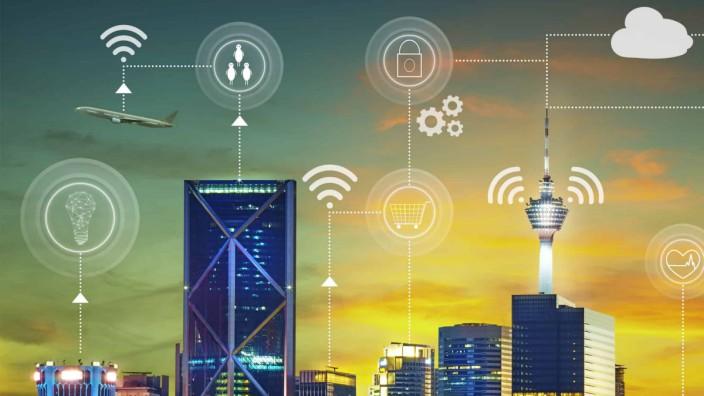 Mobilfunk: In den urbanen Zentren wird die 5G-Vernetzung schnell ausgerollt. Ein Ausbau auf künftigen 6G-Standard dürfte noch zehn Jahre dauern.