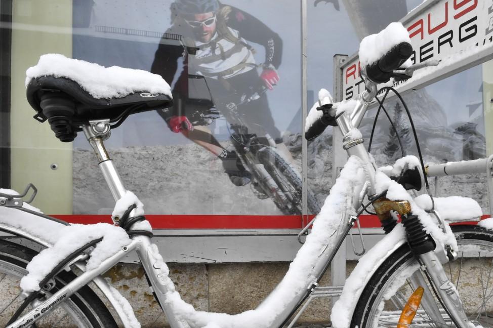 Starnberg Radfahren im Winter
