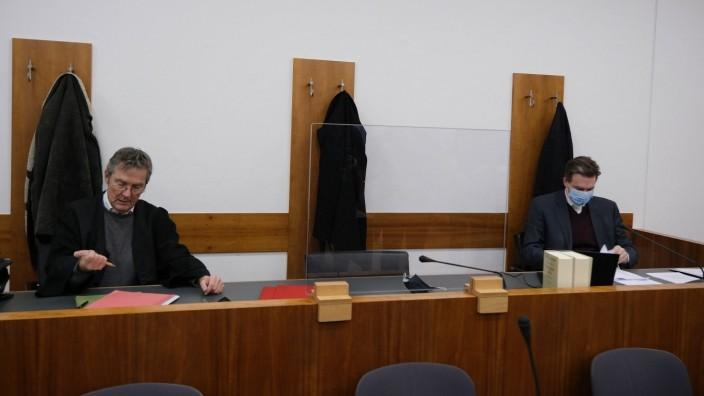 27.01.2021 xkhx , Kassel, Schwurgerichtskammer des Landgerichts Kassel Auftakt Prozess gegen die mutmaßliche falsche Är