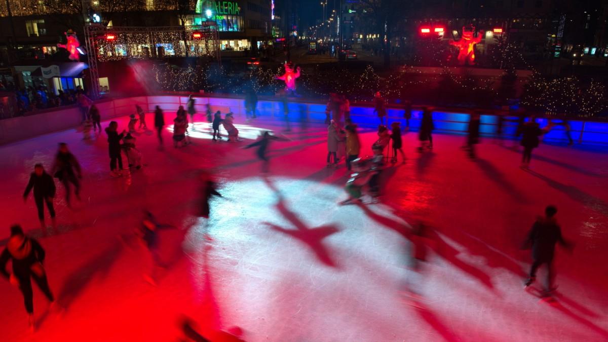 Eisstockschießen auf der Sendlinger Straße