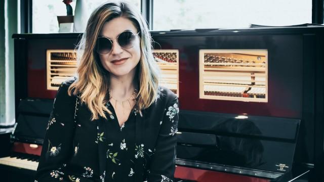 Melody Gardot at the Montreal International Jazz Festival Melody Gardot at the Montreal International Jazz Festival (Can