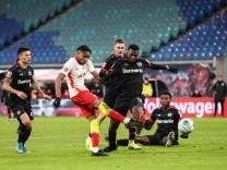 Torschütze Christopher Nkunku (RB Leipzig,18) trifft zum 1-0 - 1 Fussball Bundesliga Saison 2020-2021 Punktspiel RB Leip