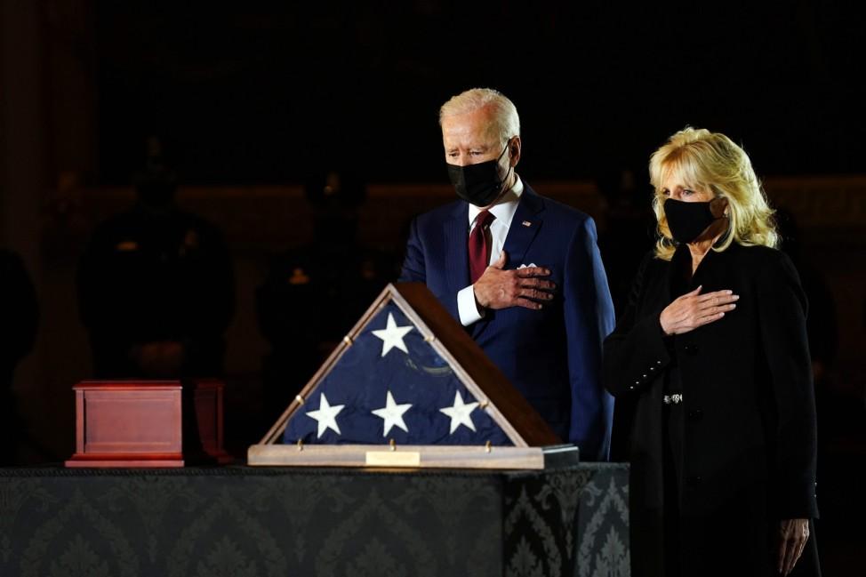 Police Officer Sicknick lies in honour in U.S. Capitol Rotunda