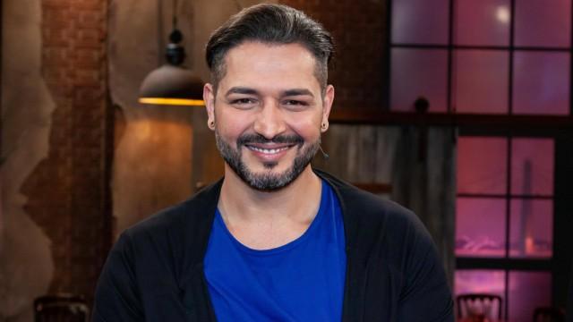 Gianni Jovanovic beim WDR Talk Kölner Treff am 24.01.2020 in Köln WDR Talk Kölner Treff (Ausstrahlung 24.01.2020) *** Gi