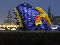 Fisch-Skulptur am Elbufer