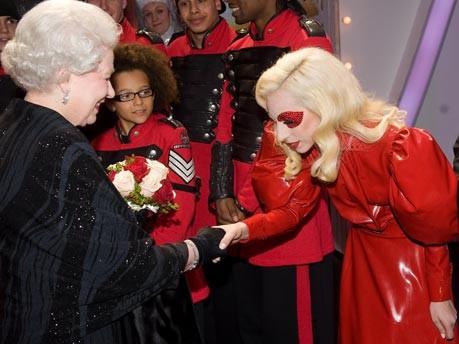 Lady Gaga bei der Queen;AP