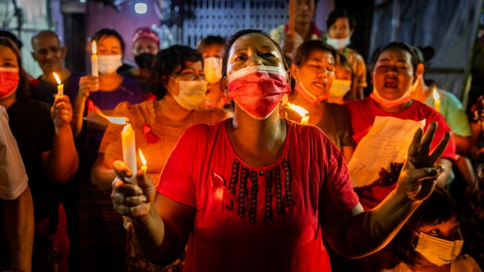 *** BESTPIX *** Myanmar People Continue Their 'Make Noise' Campaign Against Military Coup