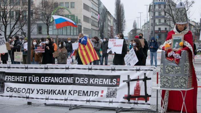 Demonstration für die Freilassung von Alexej Nawalny am Stachus