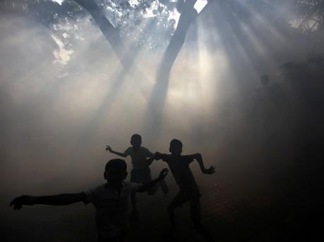 Ausräuchern in Mumbai;AP