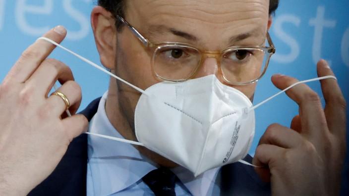 Coronavirus in Deutschland: Jens Spahn bei einer Pressekonferenz