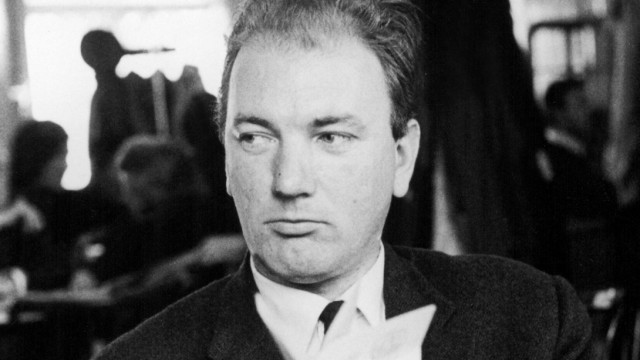 THOMAS BERNHARD, Austrian writer, circa late 1970 s-early 1980 s. Courtesy Glenn Loney Collection/Everett. Glenn Loney/