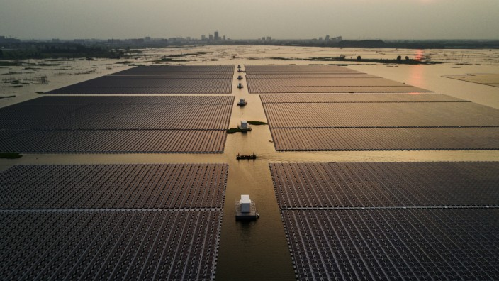Floating Solar Aims to Gain Ground in China's Coal Country