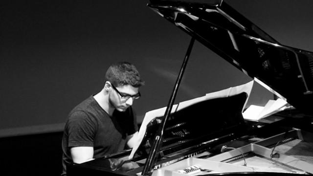 Musikschule Ebersberg Faris Badarni Klavier, Keyboard, Musikproduktion - Film & Medien, Rock/Pop/Jazz