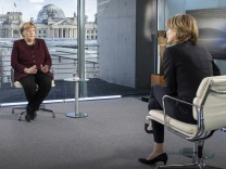 Merkel Interview Lockerungen