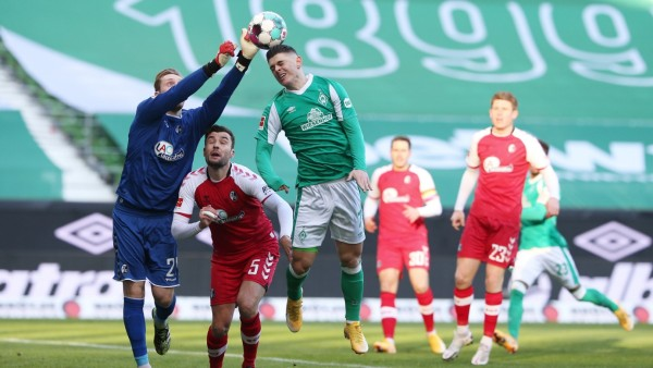Bundesliga - Werder Bremen v SC Freiburg