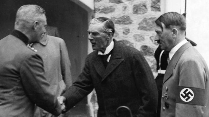 Wilhelm Keitel, Neville Chamberlain, Adolf Hitler in Berchtesgaden, 1938