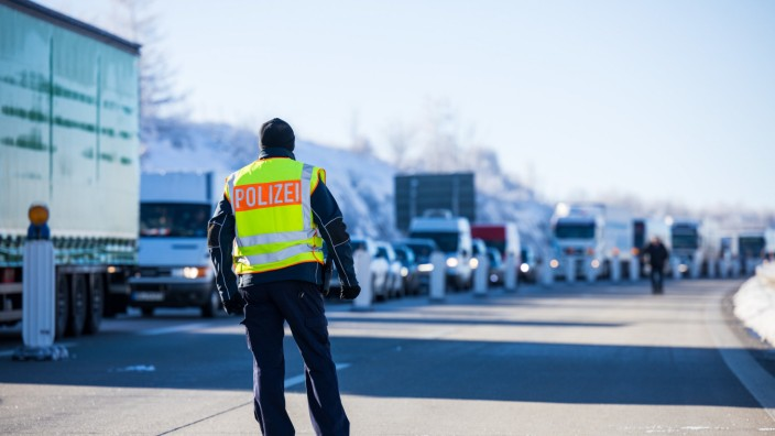 Bundespolizei kontrolliert Grenzübergänge zu Tschechien
