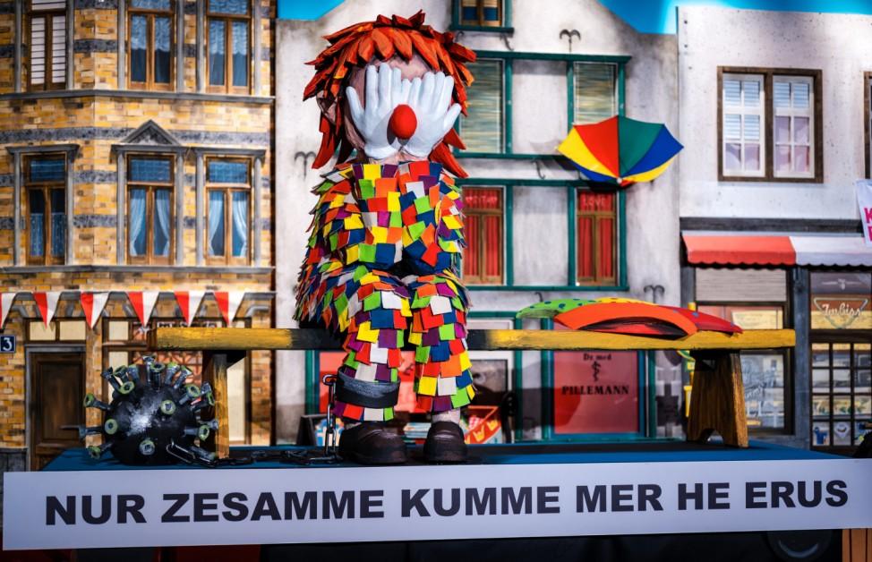 Miniatur-Rosenmontagszug im Hänneschen-Theater