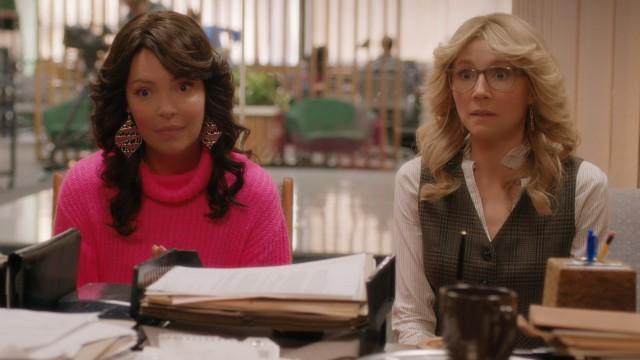 """Serie """"Immer für dich da"""": Tully (Katherine Heigl) und Kate (Sarah Chalke) wollen in den 80ern als Journalistinnen durchstarten."""