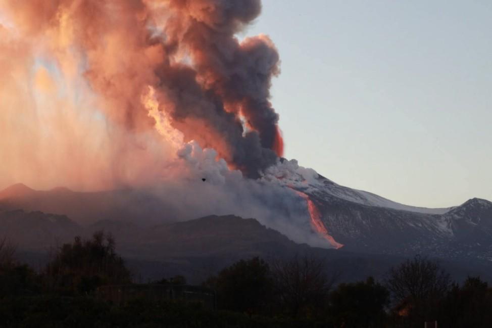 Italien: Vulkan Ätna 2021 auf Sizilien ausgebrochen