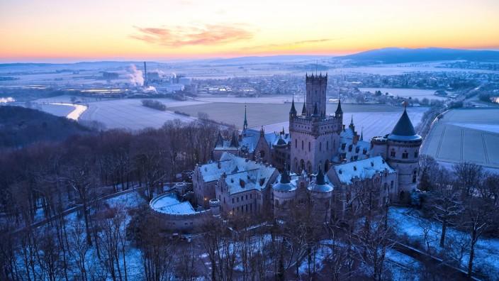 Schloss Marienburg auf dem Marienberg im Winter. Nordstemmen, 31.01.2021 *** Marienburg Castle on the Marienberg in win