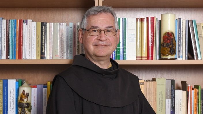 Pater Prof. Johannes B. Freyer OFM