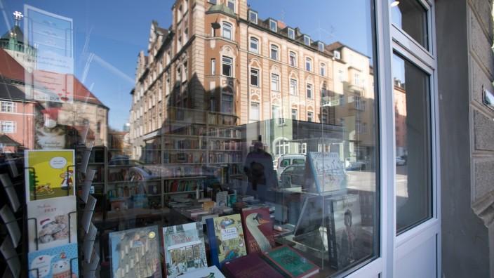 Büchergalerie Westend neu in der Kazmaierstraße 77