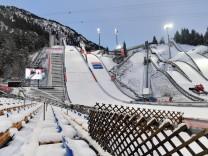 Die Nordische Ski-WM in Oberstdorf (23. Februar bis 7. Maerz) findet ohne Zuschauer statt. Dies gaben die Organisatoren