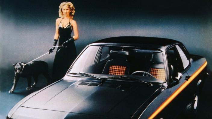 """Pressefoto 1975er Werbemotiv Opel Manta """"Black Magic"""" - ACHTUNG: nur freigegeben für einmalige Verwendung zum SZ-Artikel am 20.02.2021"""